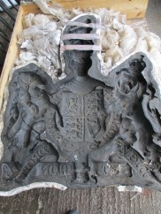 Royal Coat of Arms Picture 2 (Mould)